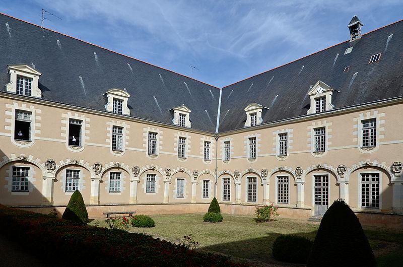 Photo du Monument Historique Monastère de la Visitation situé à La Flèche