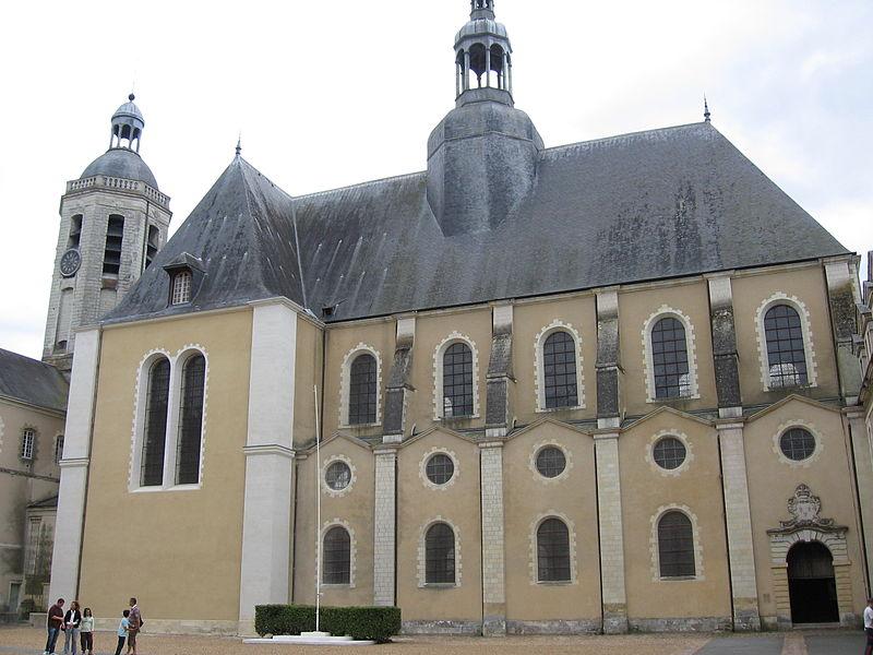 Photo du Monument Historique Ancien collège des Jésuites, actuellement Prytanée national militaire situé à La Flèche