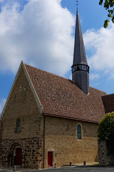 Photo du Monument Historique Eglise Saint-Pierre situé à Lavaré