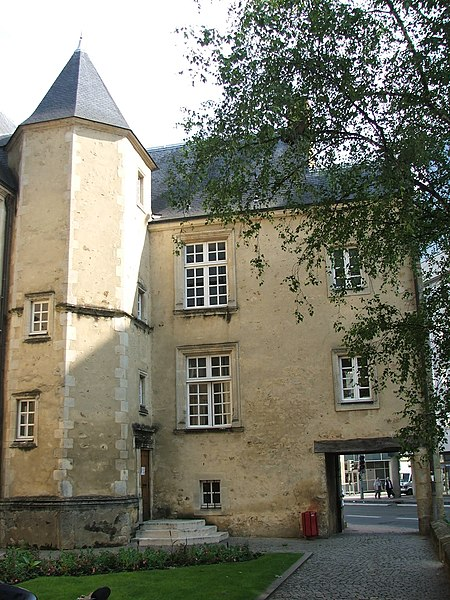 Photo du Monument Historique Couvent des Ursulines situé à Le Mans