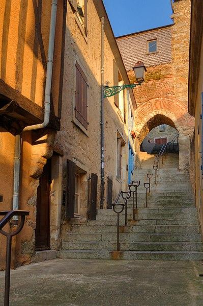 Photo du Monument Historique Escalier situé à Mans (Le)