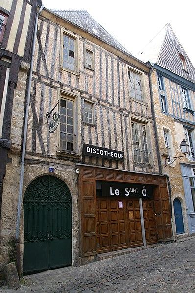Photo du Monument Historique Hôtel Petot situé à Mans (Le)
