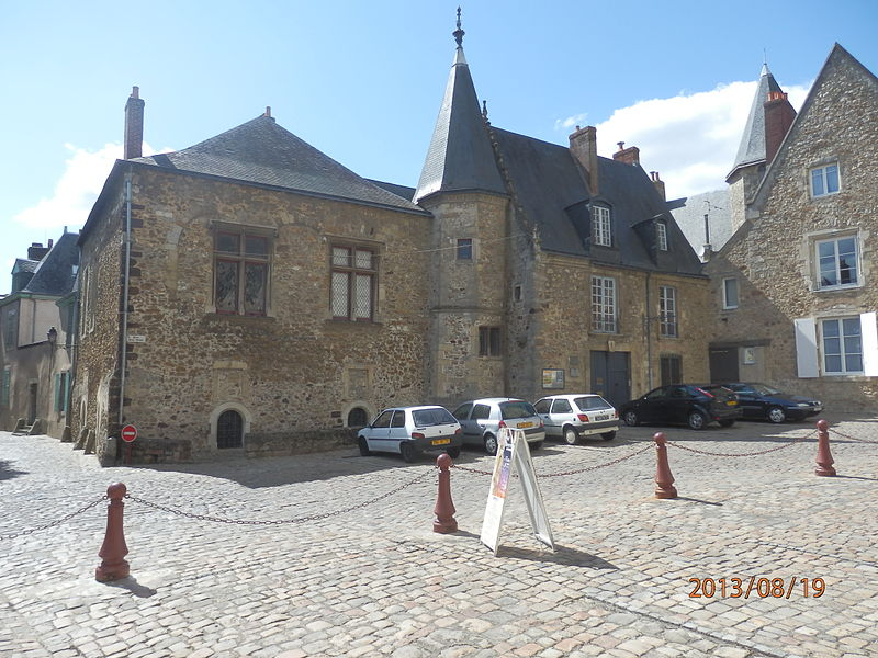 Photo du Monument Historique Maison dite de Scarron situé à Le Mans