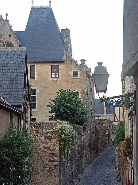 Photo du Monument Historique Sol de maison à maison situé à Le Mans