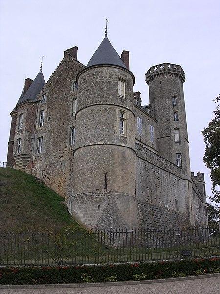 Photo du Monument Historique Château situé à Montmirail