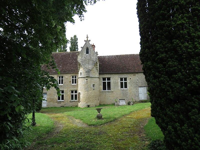 Photo du Monument Historique Presbytère situé à Oisseau-le-Petit