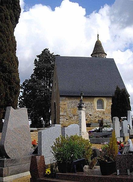 Photo du Monument Historique Cimetière situé à Parigné-l'Evêque
