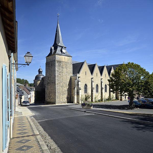 Photo du Monument Historique Eglise situé à Parigné-l'Evêque