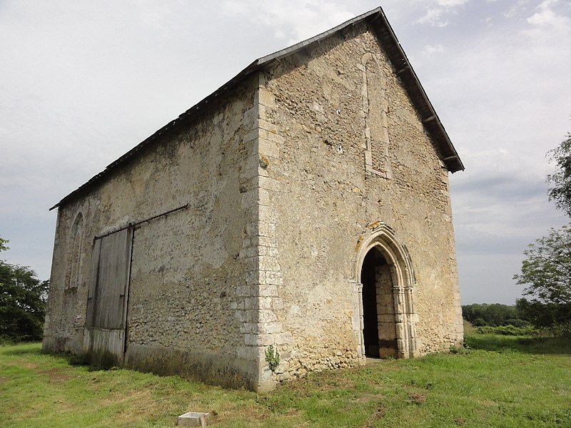 Photo du Monument Historique Chapelle priorale Saint-Léger situé à Piacé