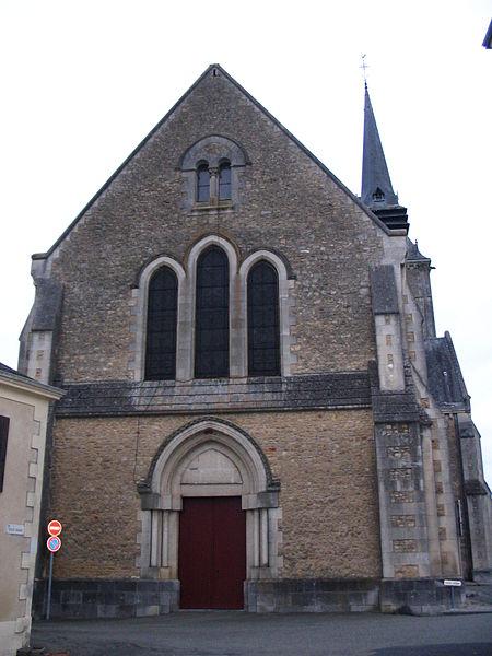 Photo du Monument Historique Eglise situé à Précigné