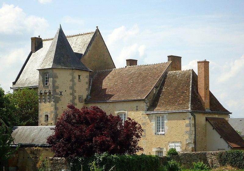 Photo du Monument Historique Presbytère situé à Saint-Pierre-de-Chevillé