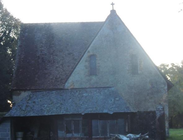 Photo du Monument Historique Chapelle des Etrichets situé à Saint-Saturnin