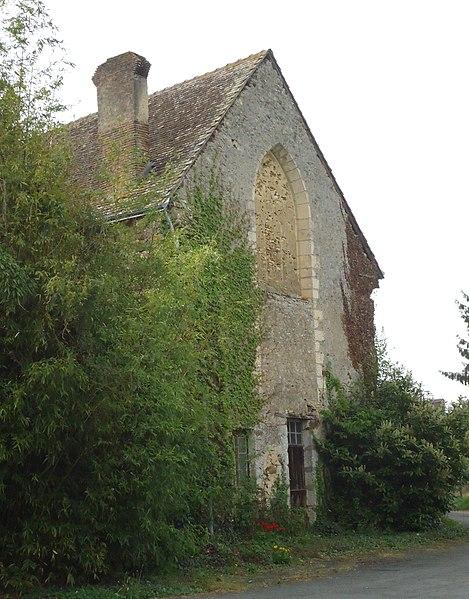 Photo du Monument Historique Prieuré bénédictin Sainte-Marie-Madeleine situé à Oizé