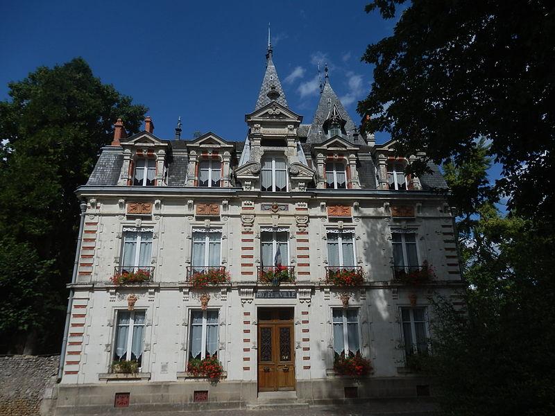 Photo du Monument Historique Hôtel Bléteau situé à Le Grand-Lucé