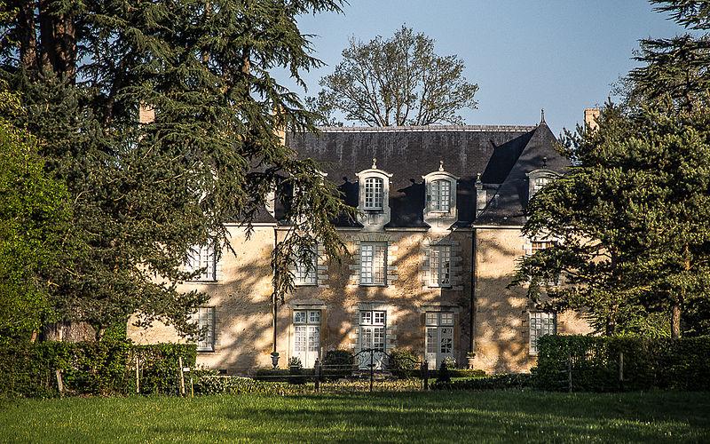Photo du Monument Historique Château des Gringuenières situé à Chapelle-d'Aligné (La)