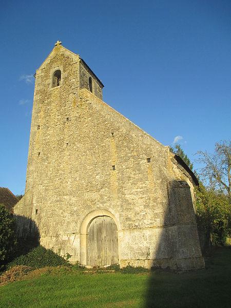 Photo du Monument Historique Eglise de Montrenault situé à Saosnes