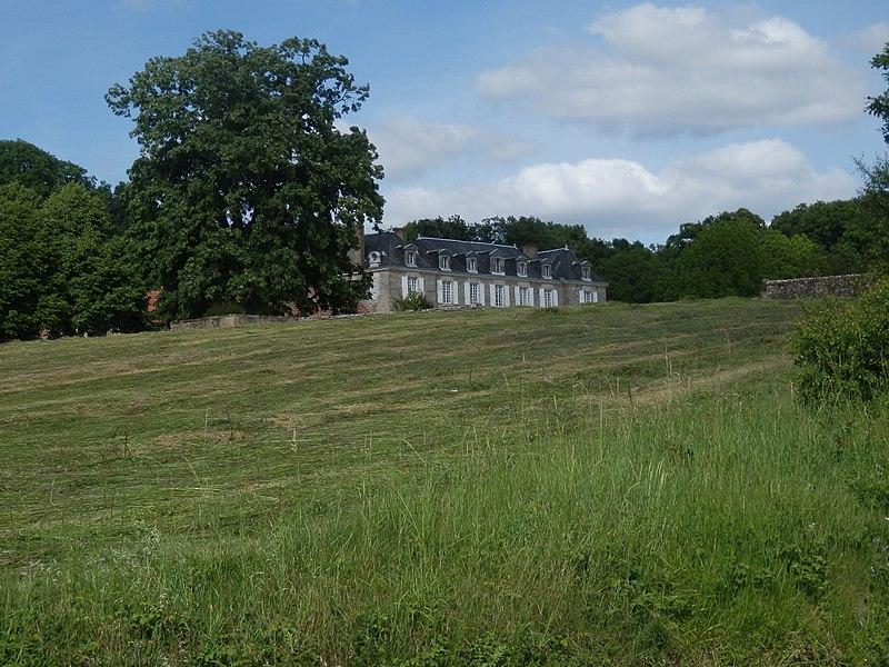 Photo du Monument Historique Château de la Chesnaye situé à Saint-Mars-de-Locquenay