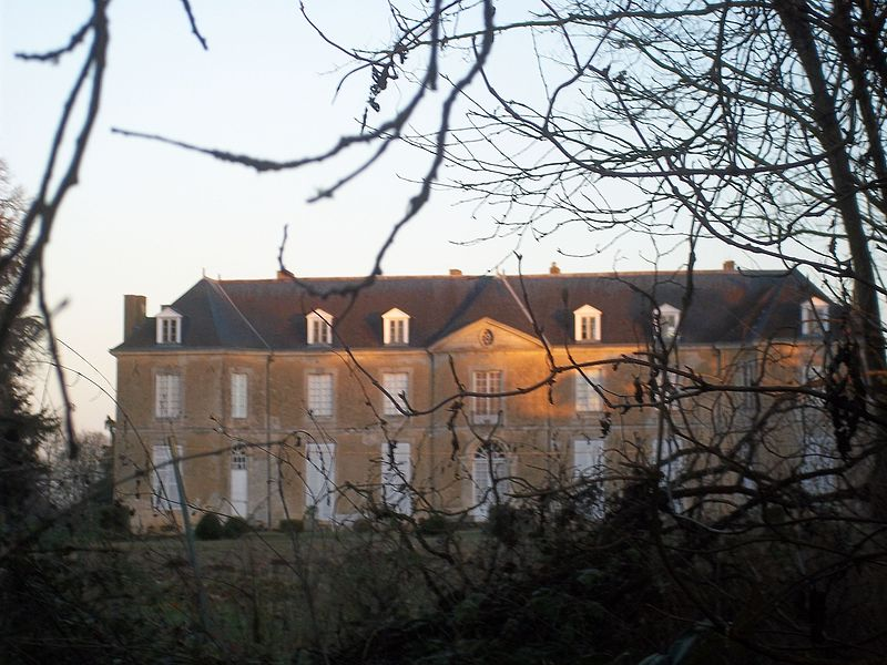 Photo du Monument Historique Château du Tronchet situé à Le Tronchet