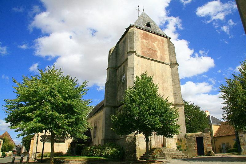 Photo du Monument Historique Eglise Saint-Pierre situé à René
