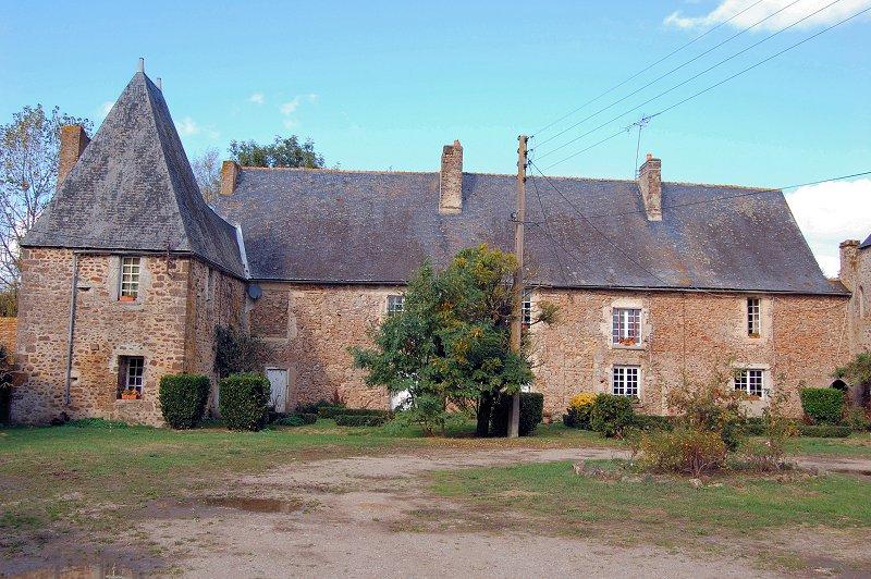 Photo du Monument Historique Ancienne commanderie de templiers du Gué-Lian situé à Moitron-sur-Sarthe