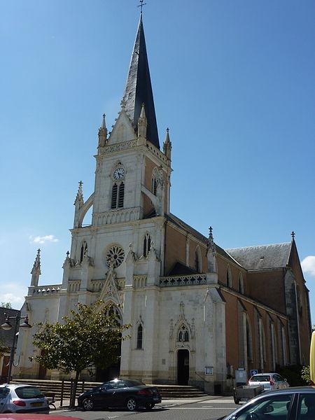 Photo du Monument Historique Eglise Saint-Martin situé à Ecommoy