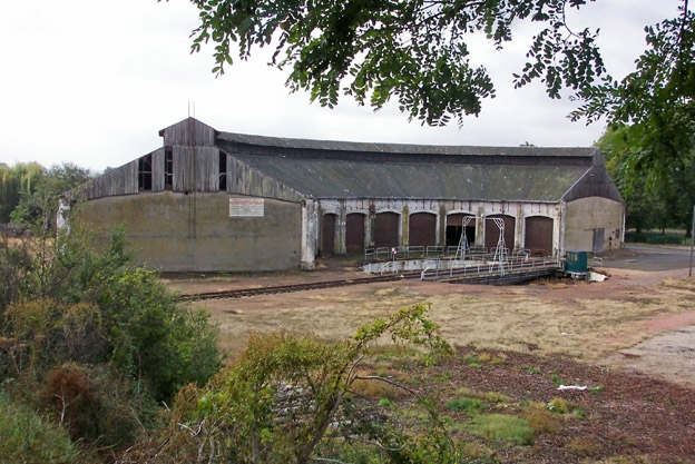 Photo du Monument Historique Rotonde ferroviaire situé à Montabon