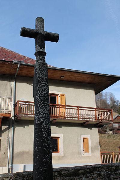 Photo du Monument Historique Croix de cimetière de la Correrie situé à Aillon-le-Jeune