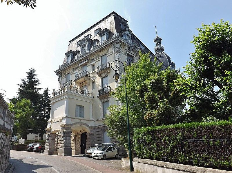 Photo du Monument Historique Ancien Hôtel Excelsior situé à Aix-les-Bains