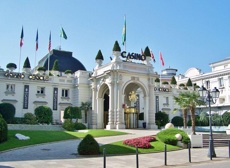 Photo du Monument Historique Palais du Casino dit du Grand Cercle, ancien Palais de Savoie situé à Aix-les-Bains