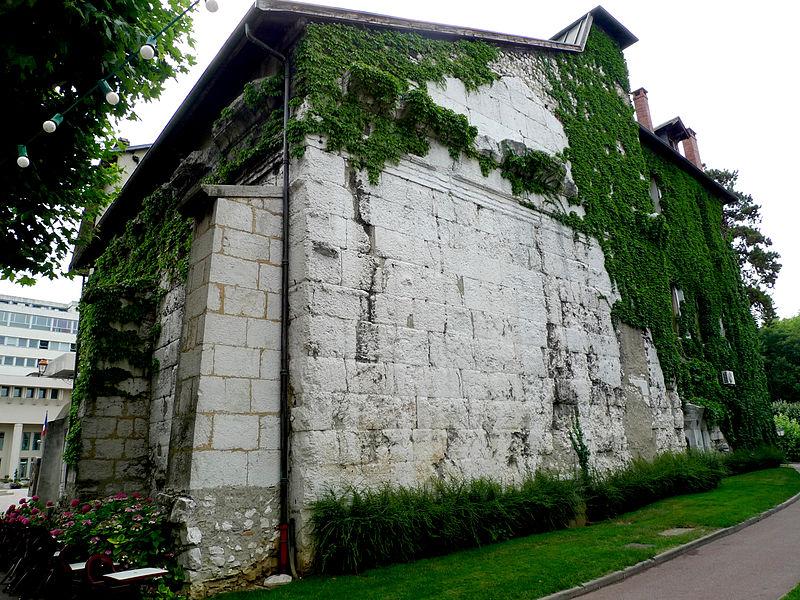 Photo du Monument Historique Temple romain dit de Diane situé à Aix-les-Bains