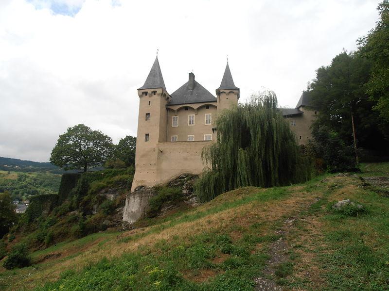 Photo du Monument Historique Château de Manuel à Conflans situé à Albertville