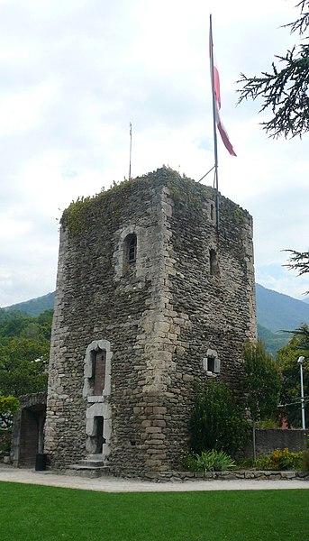 Photo du Monument Historique Tour sarrazine situé à Albertville