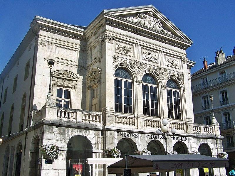 Photo du Monument Historique Théâtre municipal situé à Chambéry
