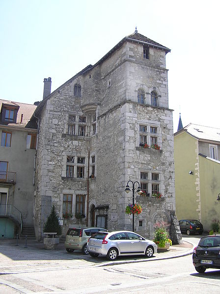 Photo du Monument Historique Hôtel de ville situé à Les Echelles