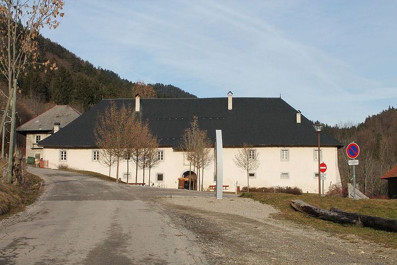 Photo du Monument Historique Ancienne chartreuse d'Aillon situé à Aillon-le-Jeune