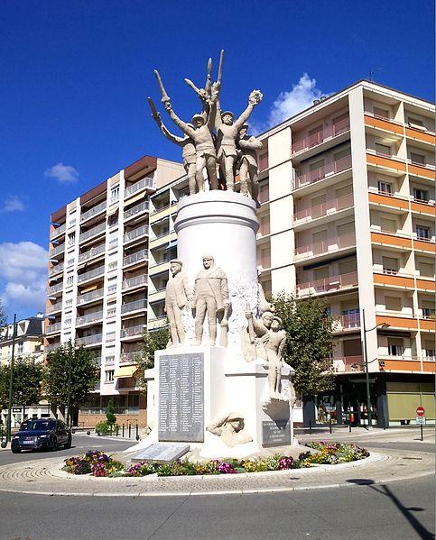 Photo du Monument Historique Monument aux morts situé à Aix-les-Bains