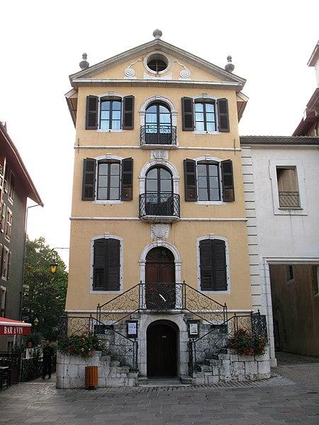Photo du Monument Historique Hôtel de ville situé à Annecy