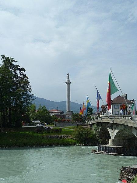 Photo du Monument Historique Colonne de Charles Félix situé à Bonneville