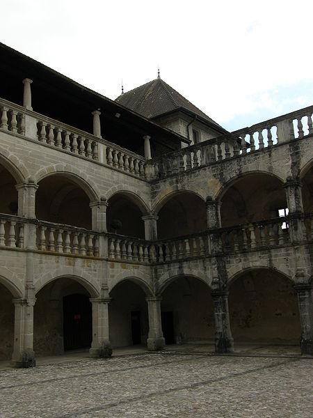 Photo du Monument Historique Château situé à Clermont