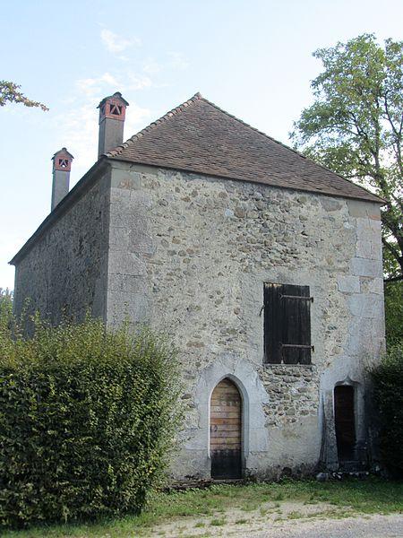 Photo du Monument Historique Chapelle de la Maladière-de-Veige ou Sainte-Madeleine situé à Cornier