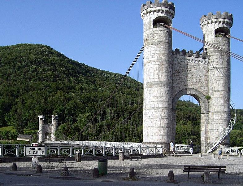 Photo du Monument Historique Pont suspendu de la Caille (également sur commune d'Allonzier-la-Caille) situé à Cruseilles