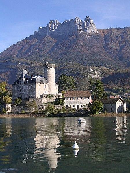 Photo du Monument Historique Domaine de Châteauvieux situé à Duingt