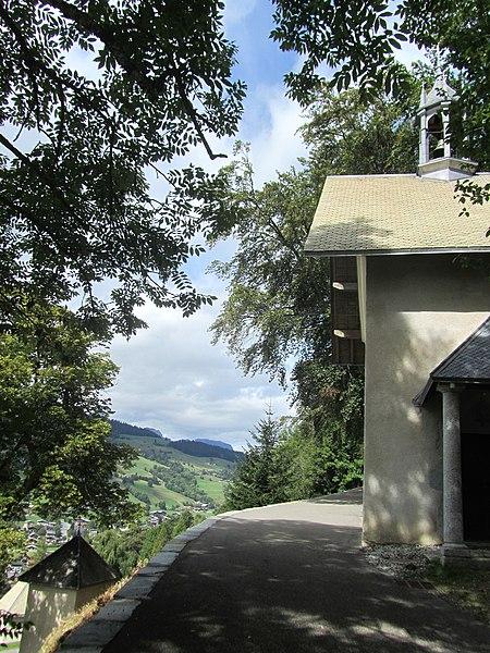Photo du Monument Historique Calvaire : ensemble des éléments architecturaux et des bâtiments le composant situé à Megève