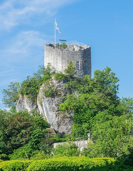 Photo du Monument Historique Château situé à La Roche-sur-Foron