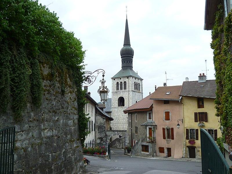 Photo du Monument Historique Eglise situé à La Roche-sur-Foron