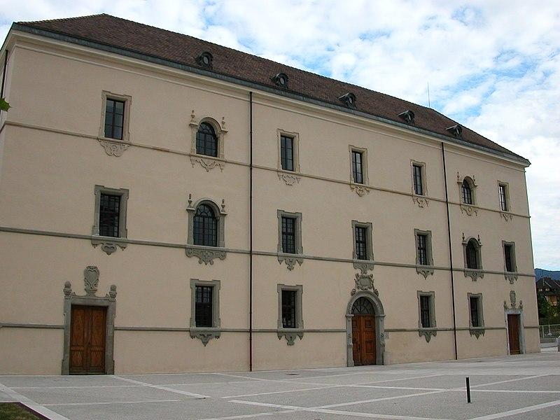 Photo du Monument Historique Hôtel-Dieu (ancien couvent des Minimes) situé à Thonon-les-Bains