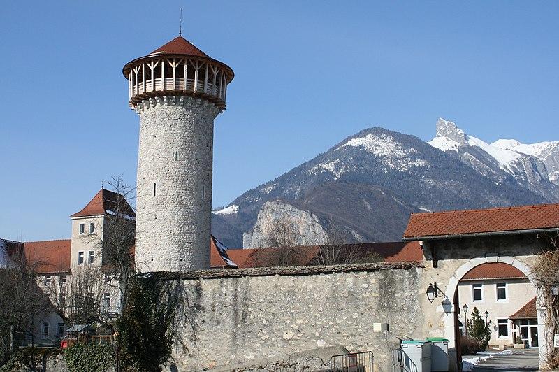 Photo du Monument Historique Château situé à Faverges