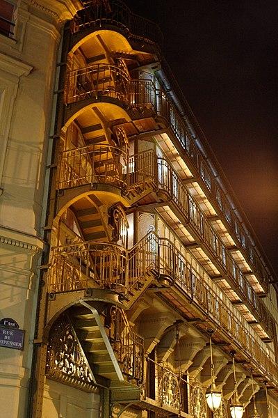 Photo du Monument Historique Immeuble abritant le théâtre du Palais Royal situé à Paris 1er Arrondissement