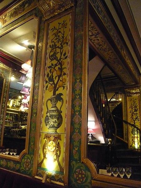 Photo du Monument Historique Restaurant Pharamond situé à Paris 1er Arrondissement