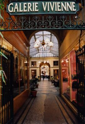 Photo du Monument Historique Galerie Vivienne, anciennement appelée galerie Marchoux situé à Paris 2e Arrondissement